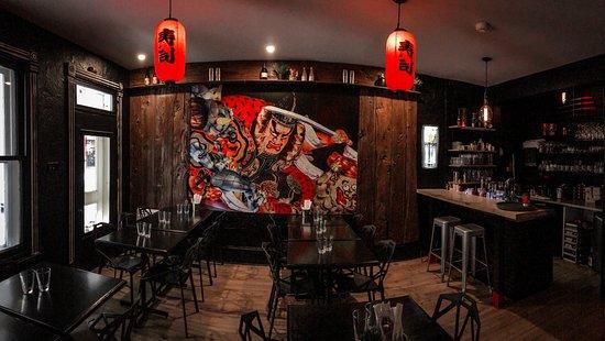 L'Atelier Sushi: Ambiance bar
