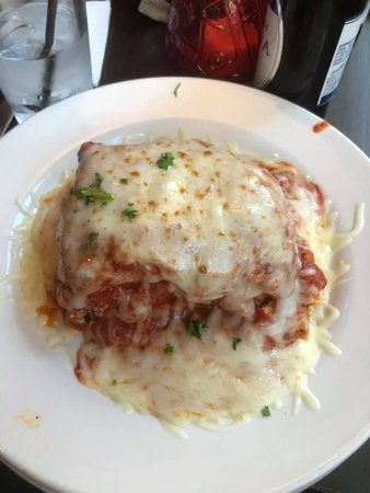 Campisi's Restaurant: Lasagna with Baked Provolone