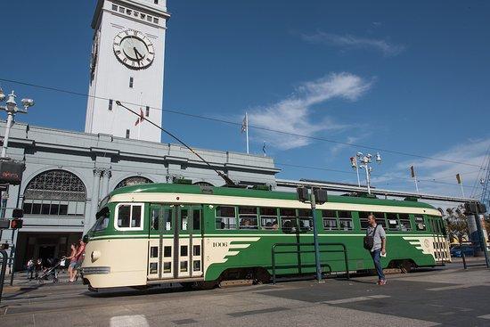 Trolleybus - Picture of San Francisco Municipal Transportation