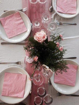 Geni, Hellas: Wedding table