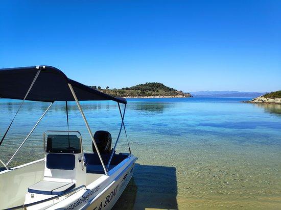 Zephyrus Boat Rental
