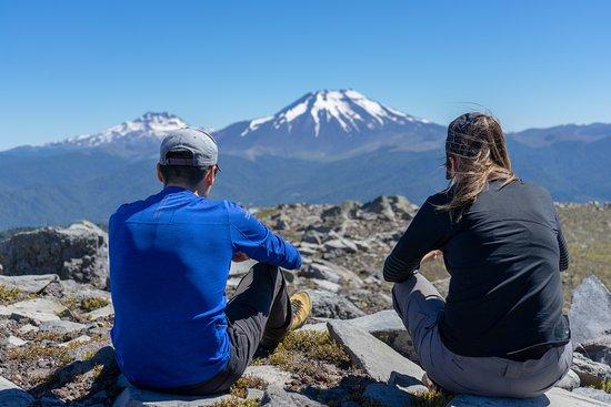 Rutas Australes : Un descanso frente a los volcanes