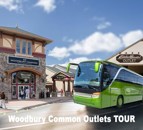 ‪Woodbury Common Premium Outlets Shopping Tour from Brooklyn‬