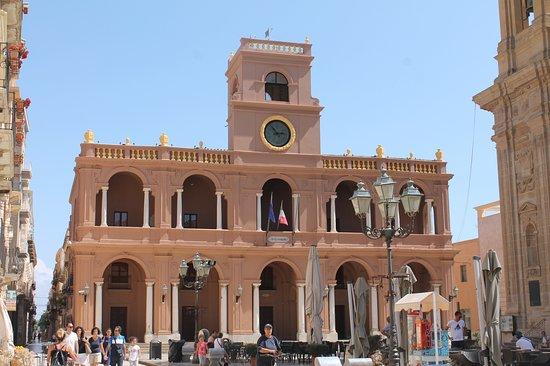 Palazzo VII Aprile