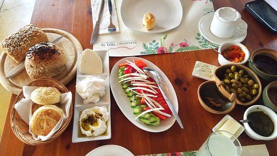 Sharona, Izrael: Just part of the delectable breakfast offered emery morning