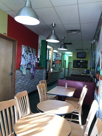 Andale Latino Grill: Restaurant interior