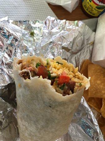 Andale Latino Grill: Chicken Burrito