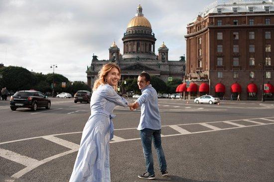 """guides francophones à Saint-Pétersbourg Anouar et Irina """"anrisha-tours"""""""