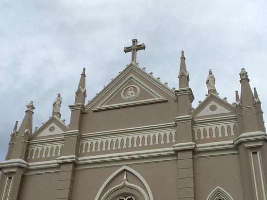 Parai, RS: Detalhes da fachada