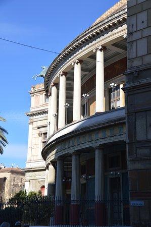 Teatro Politeama Garibaldi