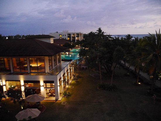 Centara Ceysands Resort & Spa Sri Lanka Photo