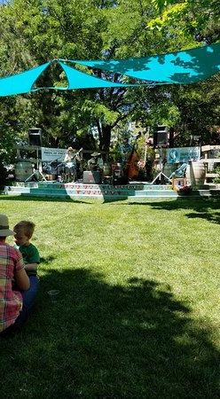 Kuna, ID: Live music on summer weekends