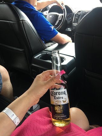 Clean trucks, professional and cold Coronas.
