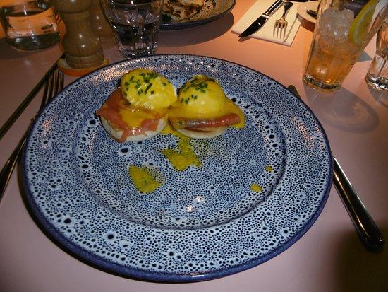 Windsor and Maidenhead, UK: eggs benedict with salmon