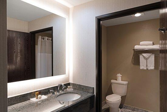 AYRES HOTEL CORONA EAST / RIVERSIDE $121 ($̶1̶4̶3̶
