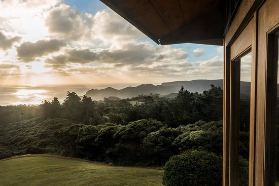 Karekare, New Zealand: View from Meditation Temple