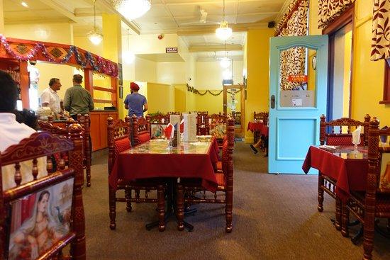 Sangam Indian Restaurant: Зал ресторана