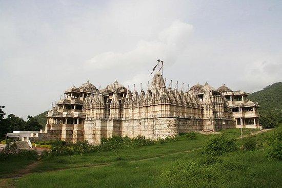 Excursão de dia a um templo Jain em Ranakpur