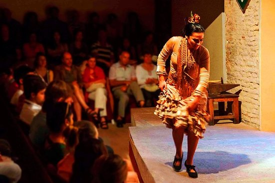Flamenco Evening Show at Casa de la Memoria Ticket: Flamenco Evening Show at Casa de la Memoria