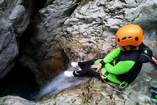 Gita in canyon per famiglie a Bovec