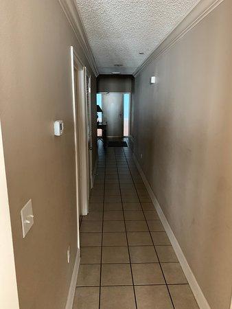 Hallway of Phoenix west II 1803