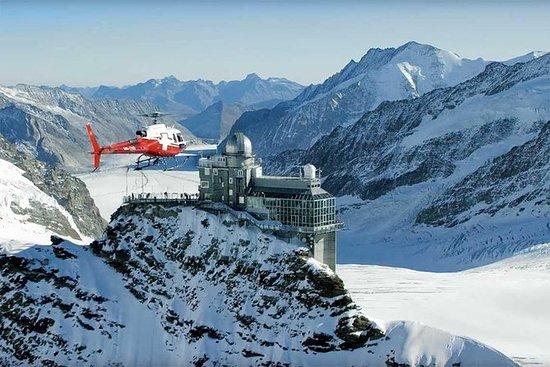 Hubschrauberflug auf dem Jungfraujoch