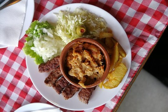 Food by Foot Skopje City Tour