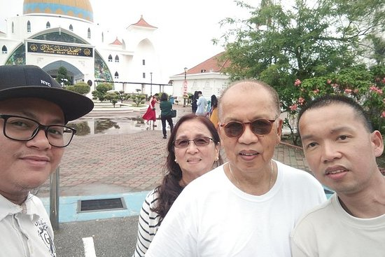 PRIVATE MALACCA DAY TOUR with LUNCH