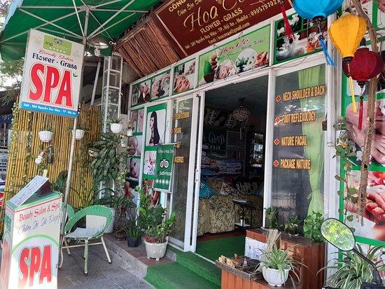 Flower Grass Salon & Spa