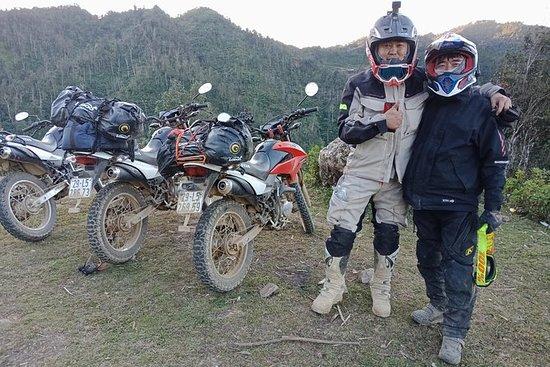 Motorradtour von Hanoi zum Nationalpark...