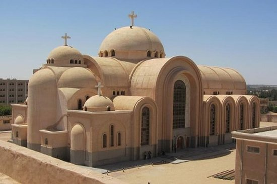 从开罗游览Wadi El Natroun修道院