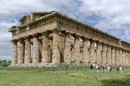 Private day tour to Paestum temples...