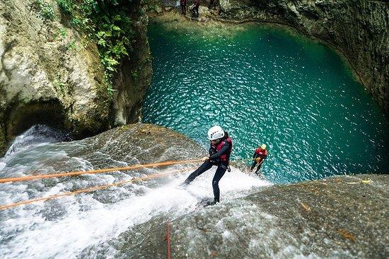 Abseilen von Cebu City oder Mactan Area: Rappelling Adventure from Cebu City or Mactan Area