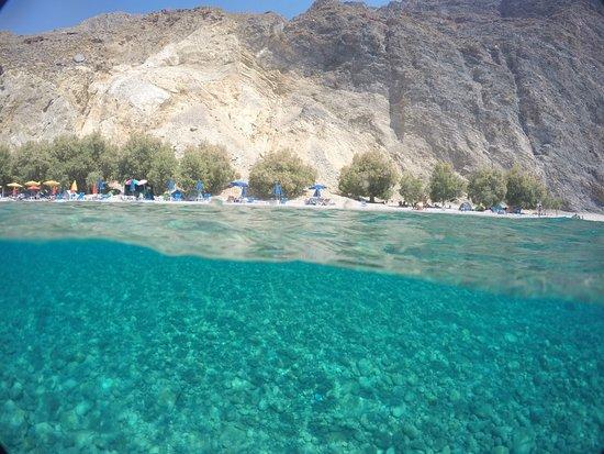Glyka Nera, Griekenland: Glika Nera Beach, sweet water beach (Sfakia)