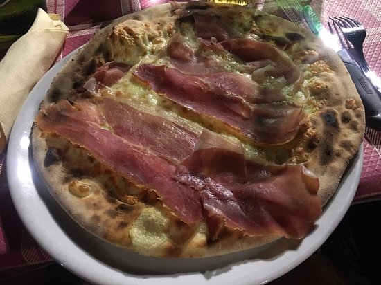 Chieuti, Italy: pizza 1