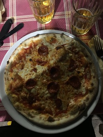 Chieuti, Italy: pizza 2