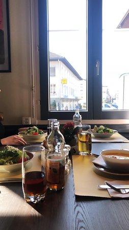 Täglich frische Menüs im Restaurant Avola