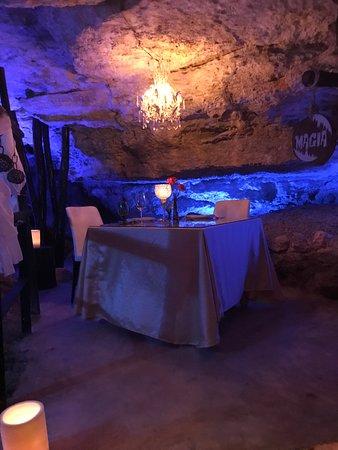 Restaurant dans cenote