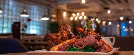 Sunday roast dinners for £10