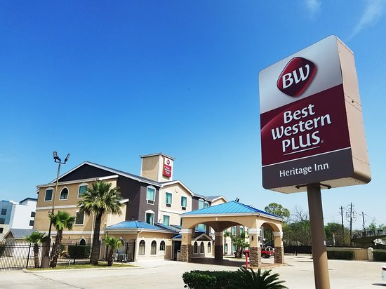 Hotel Exterior  With Logo