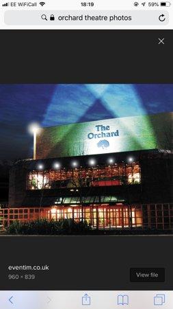 Dartford, UK: Evening at The Orchard