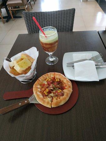 Pizza Hut - Grand Wisata, Bekasi - Restaurant Reviews, Phone