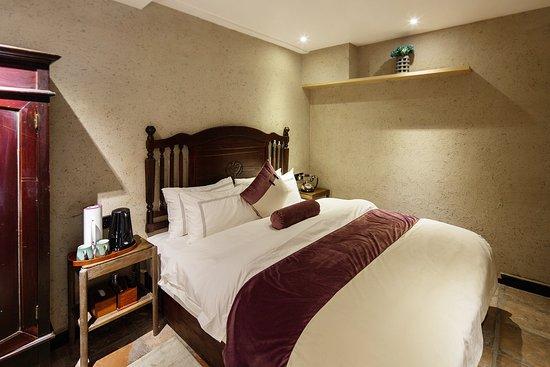 Interior - Picture of Yangshuo Moonlight Inn, Yangshuo County - Tripadvisor