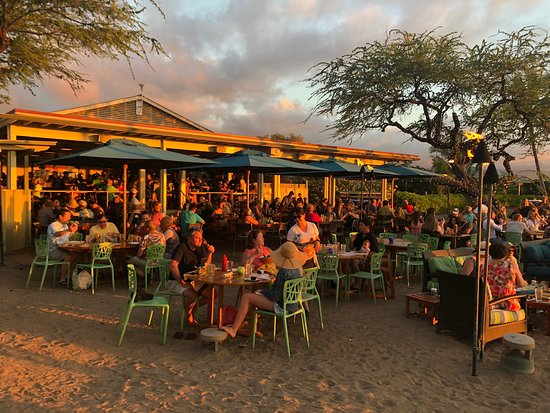 Fun beachside/sunset spot for dinner