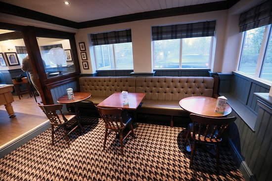 Highfield Restaurant : Indoor seating area