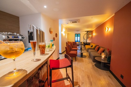 La Varenne-Saint-Hilaire, France : Le Lounge, soirée relax autour d'un verre et d'une planche.