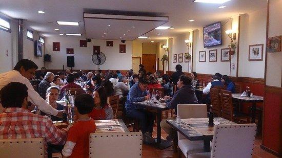 Isla de Maipo, Chile: Parte de nuestros salones del restaurante.