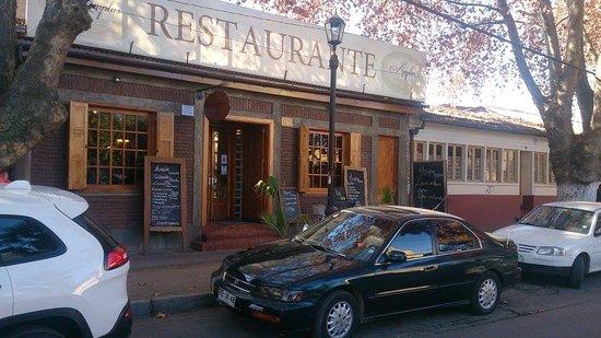 Isla de Maipo, Chile: Bienvenidos a nuestro restaurante & hotel.