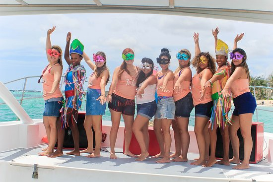 SeaPro Divers: Catamaran Tours Punta Cana