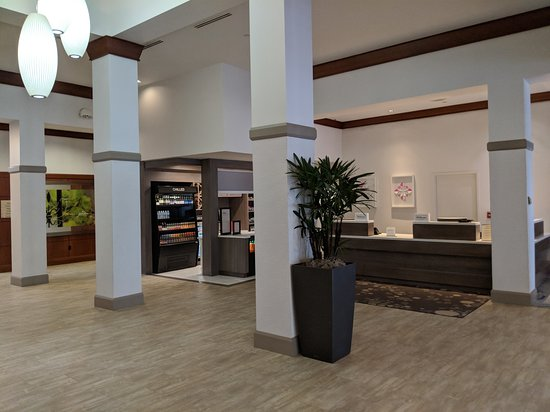 Hilton Garden Inn Chicago North Shore/Evanston